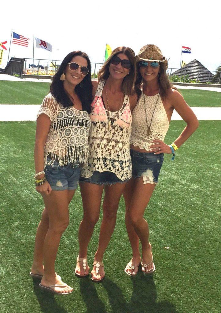 three-ladies-with-spray-tan-1356x1920